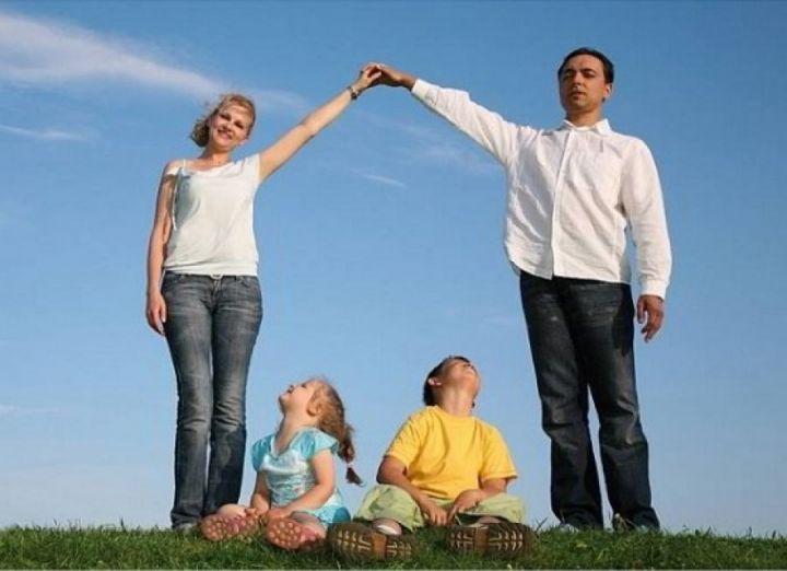 ВВолжском возникла «горячая линия» по задачам оформления выплаты напервого ребенка